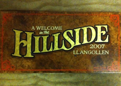 'Welcome in the Hillside' - traditional signwriting and gold leaf